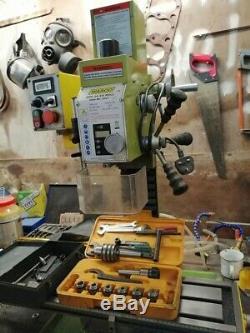 Warco milling machine WM-16 VS Mill