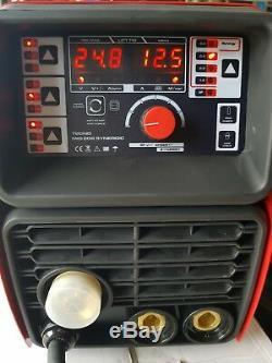 Convertisseur Halbautomatische Schweißgerät 200a Mig / Mag / Wig / Mma Synergic 202 Vrd DC