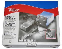 Weller Wes51 Station De Soudage Analogique Avec 4 Embouts, Nettoyant D'embout Et Mains D'assistance
